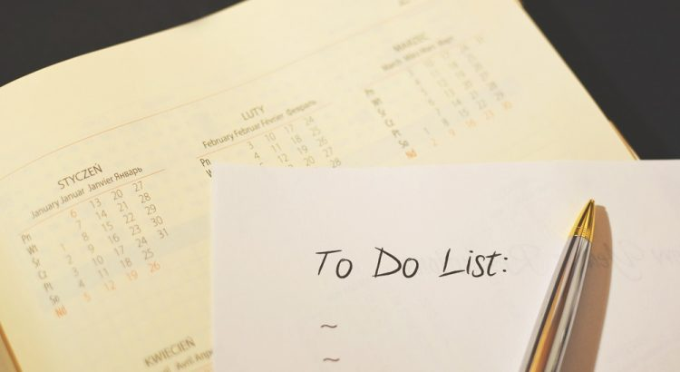 An image of a To Do List and calendar