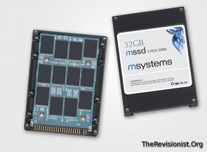 interals of SSD solid state drive taken apart disassembled